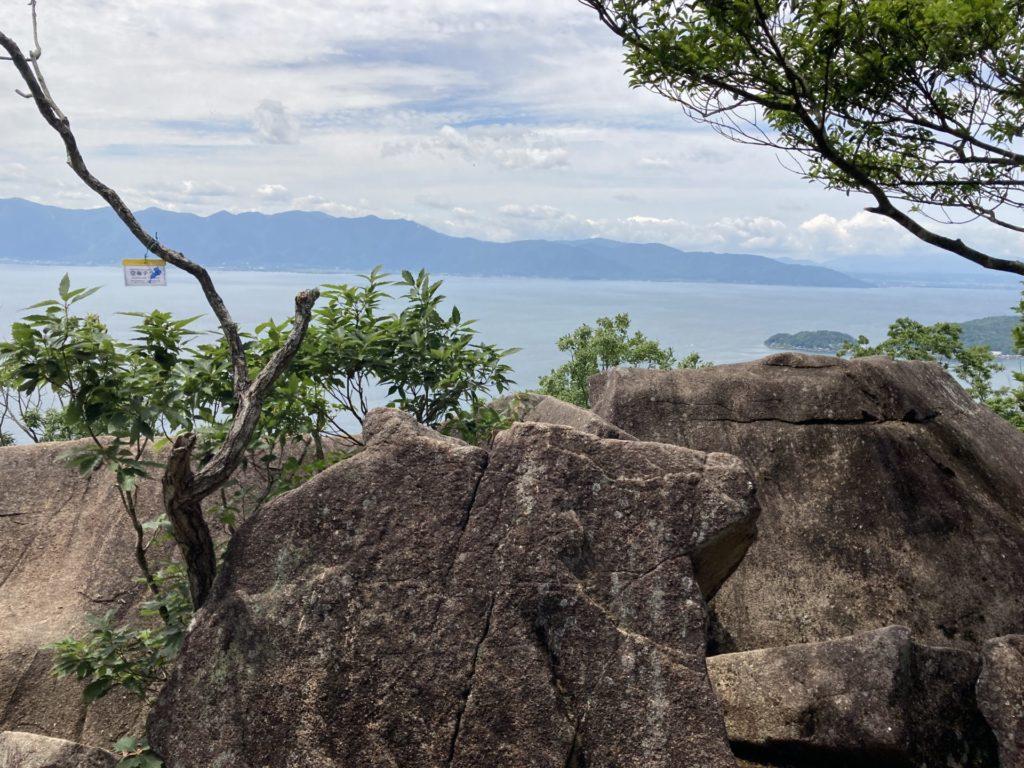 「空奏テラス」の先端岩